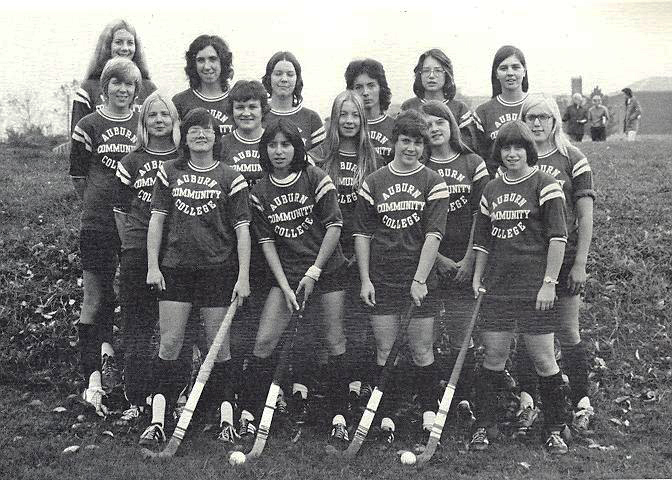 field-hockey-1975