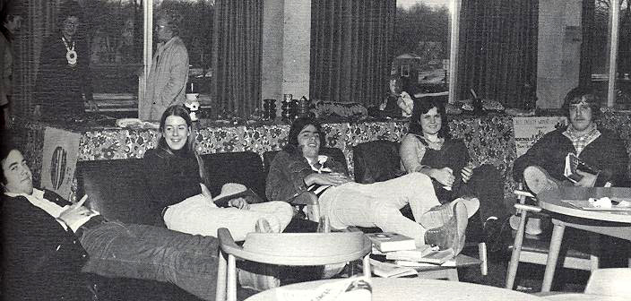 social-time-on-campus-1975-2