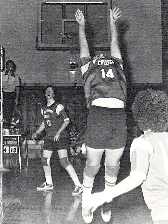 volleyball-action-1975