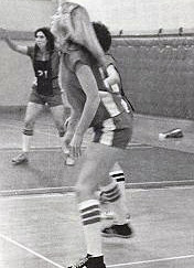 womens-basketball-action-1976-3