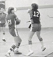 womens-basketball-action-1976-4