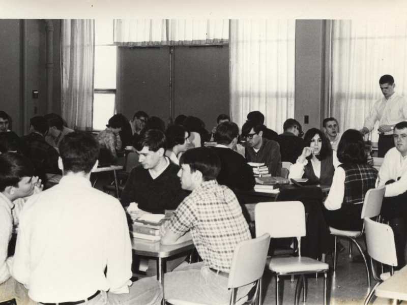 acc-cafeteria-1960s-4