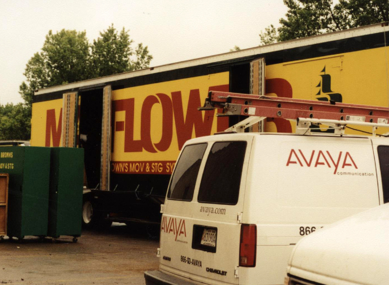 2001-may-moving-day-into-broadway-2