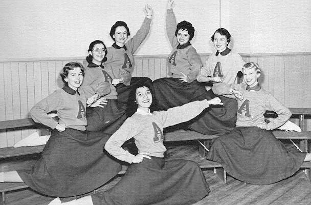 1957-cheerleaders