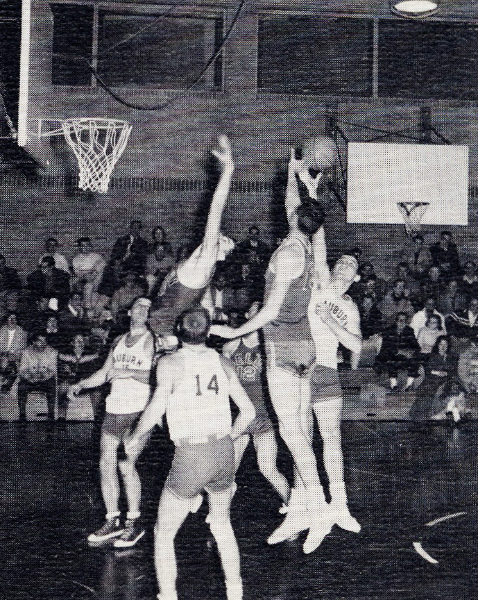 1958-basketball-action