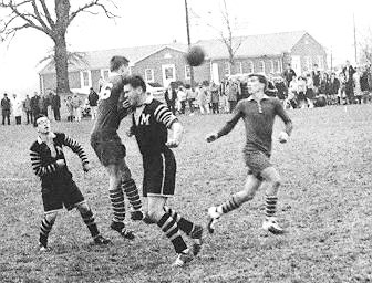 soccer-action-1965